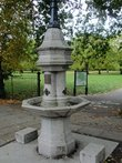 Uk-greater-london-london-camden-primrose-hill-1-broken-fountain